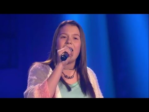 The Voice Kids 2015 - 14-Year Old Antonia Sings Snap - Rhythm Is A Dancer - Amazing