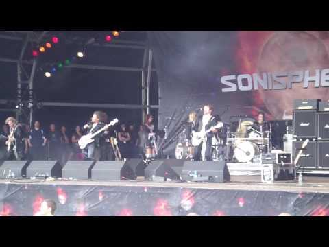 Bjorn Again - Enter Sandman (Metallica cover) Live at Sonisphere, Knebworth HD