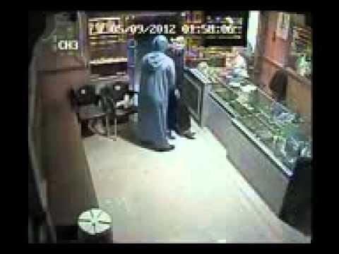 سرقه محل ذهب فى الدقهليه 3 - مصر mp4