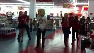 Флешмоб в М.Видео в Сургуте(День рождения М.Видео 3 марта., 2012-03-16T17:07:18.000Z)