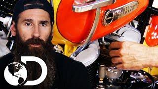 """Renovación de una Harley Davidson """"La libertadora""""   El Dúo mecánico   Discovery Latinoamérica"""