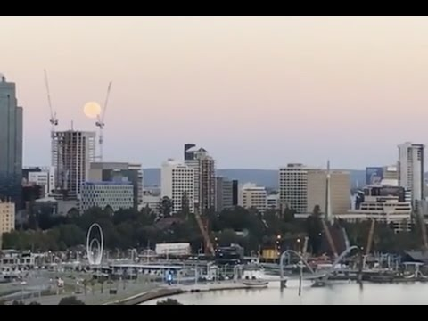 Watch the Perth Supermoon Rise -  Monday November 14th, 2016