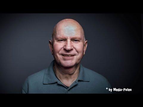 Lutz Mackensy - Interview mit der Stimme von Stanley Tucci, Christopher Lloyd, Rowan Atkinson