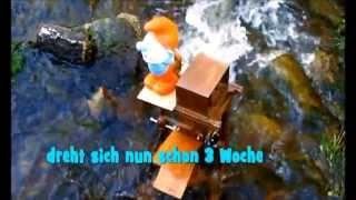 Wasserrad mit Dynamo, Generator Stromerzeugung, Eigenbau  Vordorfermühle Bayern, water wheel