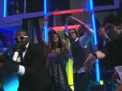 Music video Kanye West - Good Life (Live)