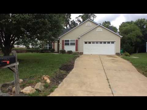 12516 Shelly Pines Drive, Charlotte, NC 28262