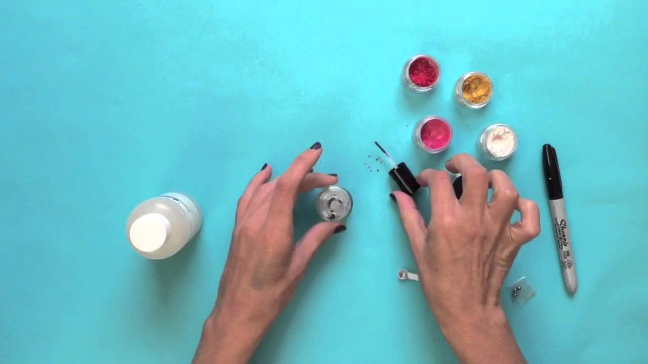 Quick DIY Video: How to Make Your Own Nail Polish - YouTube