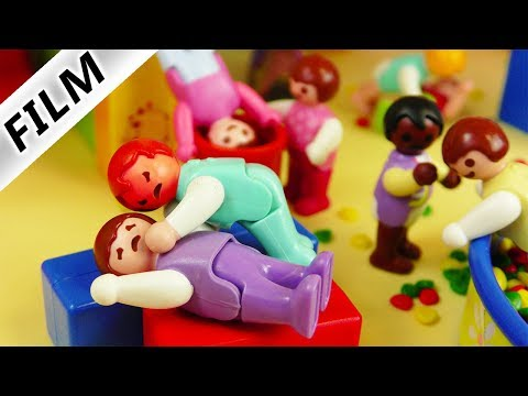 Playmobil Film deutsch | PRÜGELEI IN KITA - Country Kinder VS City Kids | Kinderfilm Familie Vogel
