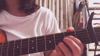 お久しぶりです。またyonigeの新曲を弾き語りました✨ ミニアルバムも楽...