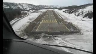 Wideroe Dash 8 cockpit view landing at Mosjøen