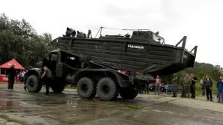 kraz 255b mit bugsierboot bmk t ptnitz 2012