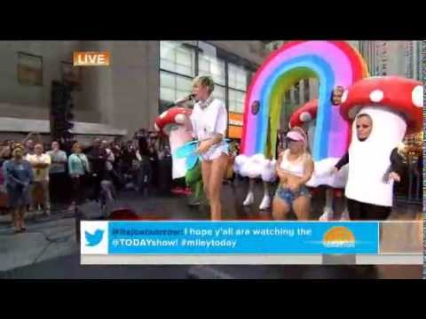 Miley Cyrus - We Can't Stop (Live on Today...