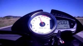 Accélération Z1000 0 - 220
