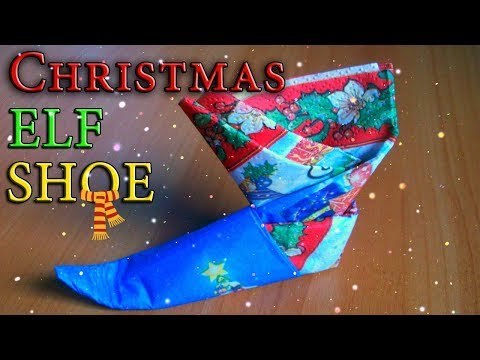 Christmas Table Decorations DIY| How to Fold a Napkin into the Elf Shoe