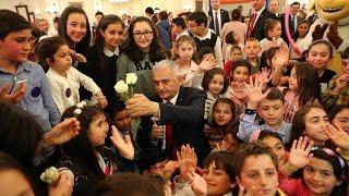 """Başbakan Yıldırım Çankaya Köşkü'nde """"Çocuk Şenliği""""ne Katıldı"""