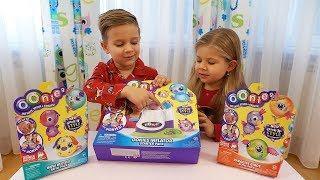 Рома и Диана делают Игрушки из шариков Oonies