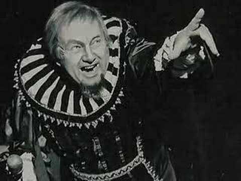 Rigoletto Act 1 - Pavarotti - Davidson - Syri
