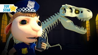 Dolly and Friends 3D | Kids Play with Ghost And T-Rex In Museum #200