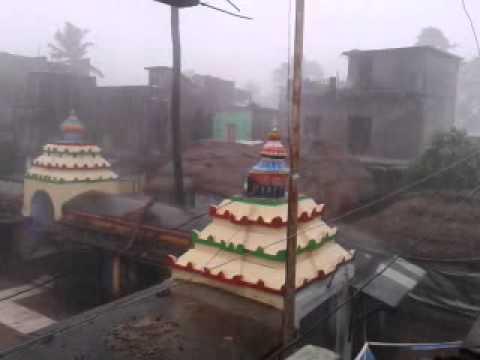 """Akhandala mani cyclone : phailin """" upload Lipan"""