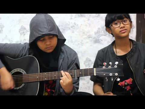 Avril Lavigne-Wish You Were Here (Acoustic Cover by Syahnaz & Xena)