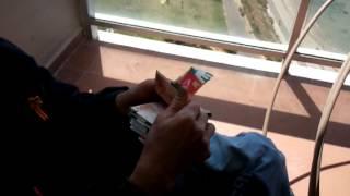 Ржака! Прикол !Китайский попрошайка знает как зарабатывать деньги!