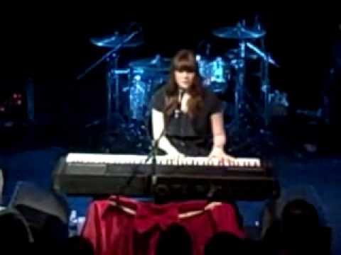 Kate Nash - Little Red LIVE @ Troubadour