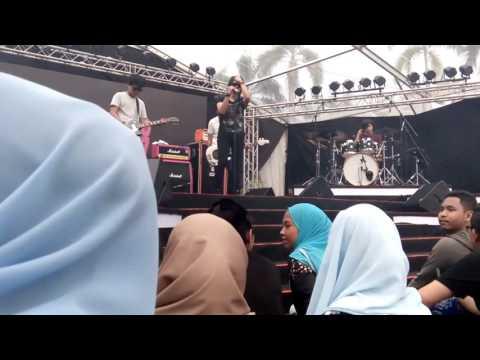 Cherpen Band- Kali Ini at Showcase Ame2017 (23/4/2017)
