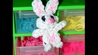 Repeat youtube video Conejito con gomitas/ rabbit rainbow loom