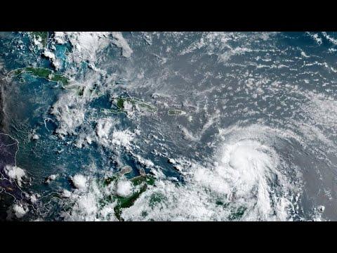 قبل وصوله إلى فلوريدا.. إعصار إلسا يضعف عند السواحل الكوبية بعد أم ضرب بقوة في الدومينكان وهايتي…