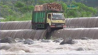 Bencana Banjir Melanda Beberapa Desa di Jawa Timur - Stafaband