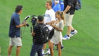 Mario Götze & Ann-Kathrin Brommel in LA @Dodgers Game