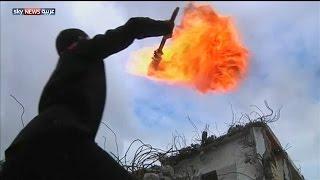 شبان يتدربون على فنون القتال بغزة
