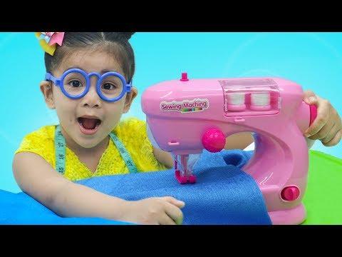 Suri Pretend Play w/ Toy Sewing Machine & Princess Dress Shop Kid Toys