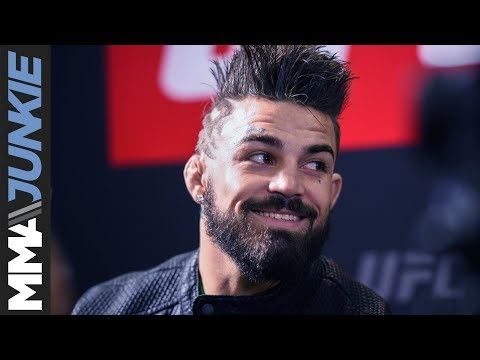 Mike Perry full guest fighter media scrum at UFC Fight Night 118