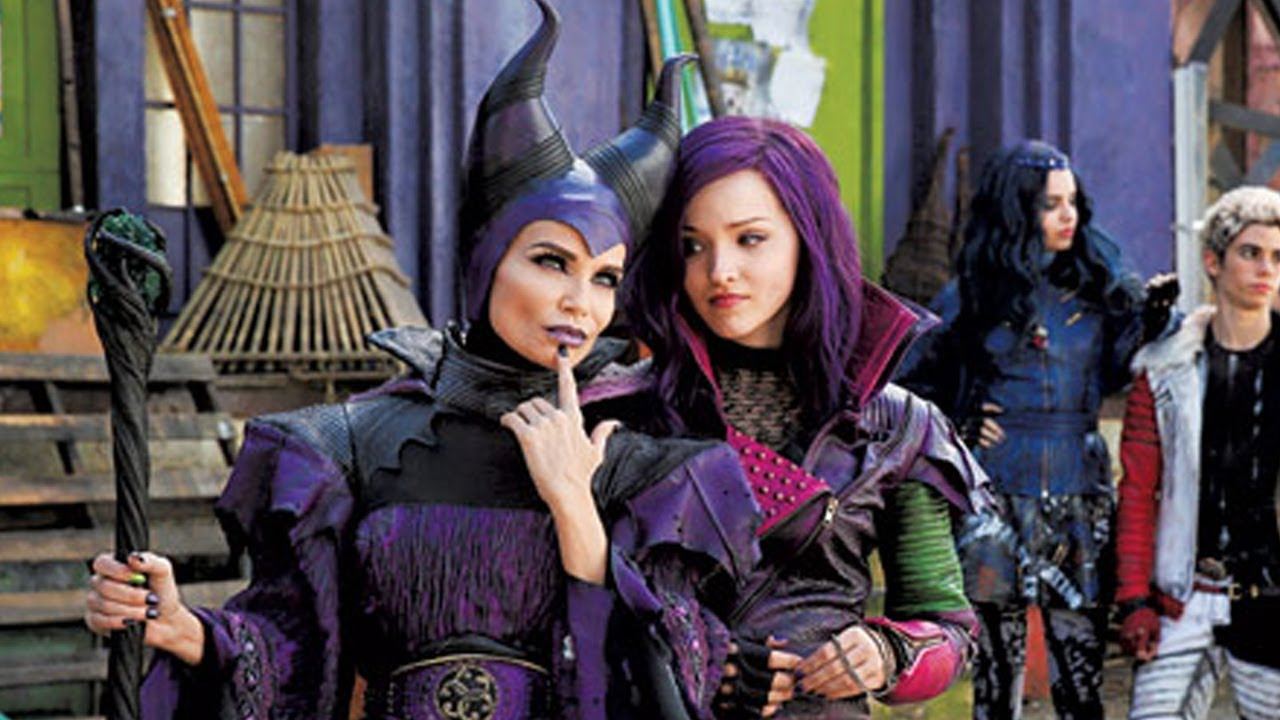 Kristin Chenoweth As Maleficent For New Dcom Descendants Details