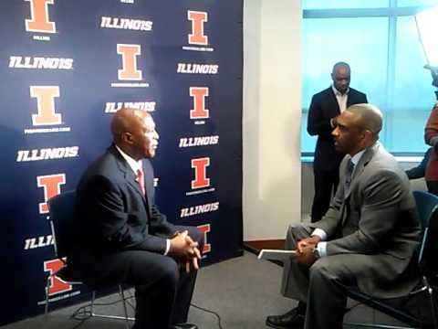 Lovie Smith sits for an interview