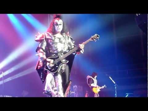"KISS ""Crazy Night"" Live Geneve, Suisse 17/05/2010"