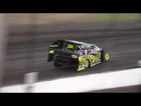 Modified Heat 5 @ Hancock County Speedway 08/12/17