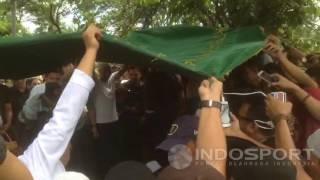 Prosesi Pemakaman Achmad Kurniawan