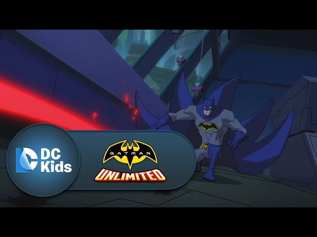 Batman And Nightwing Gadget-Up To Go Against Silverback | Batman Unlimited | DC Kids