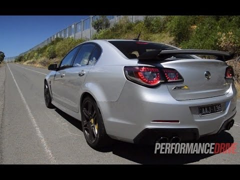 hsv genf gts engine sound and 0100kmh youtube