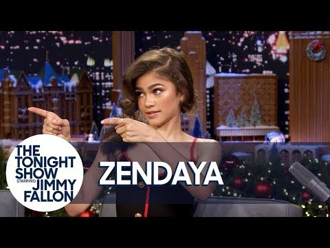 Zendaya Shows One of Her and Zac Efron's Trapeze Fails for T