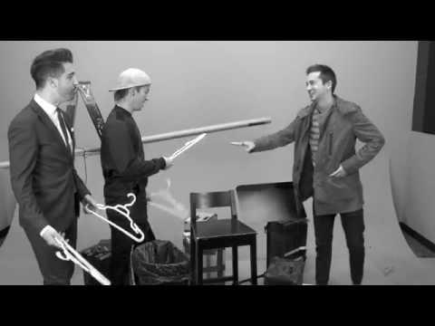 Twenty One Pilots Have a Live Drum Battle | Artist Challenge