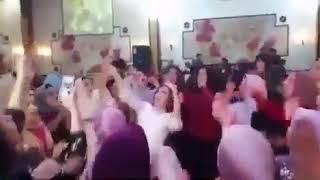العروسه واصحابها ولعو الفرح ❌❌💖💗  هاتلي فودكا وشيفاز