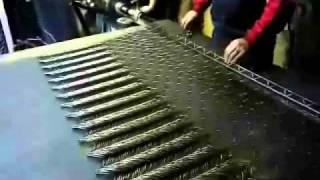 Производство сетки на станке полуавтомате РАБИЦА 380(http://stan-rabica.narod.ru Станки для изготовления сетки рабица за 35000 руб от производителя. Одного станка достаточно..., 2010-08-10T13:29:30.000Z)