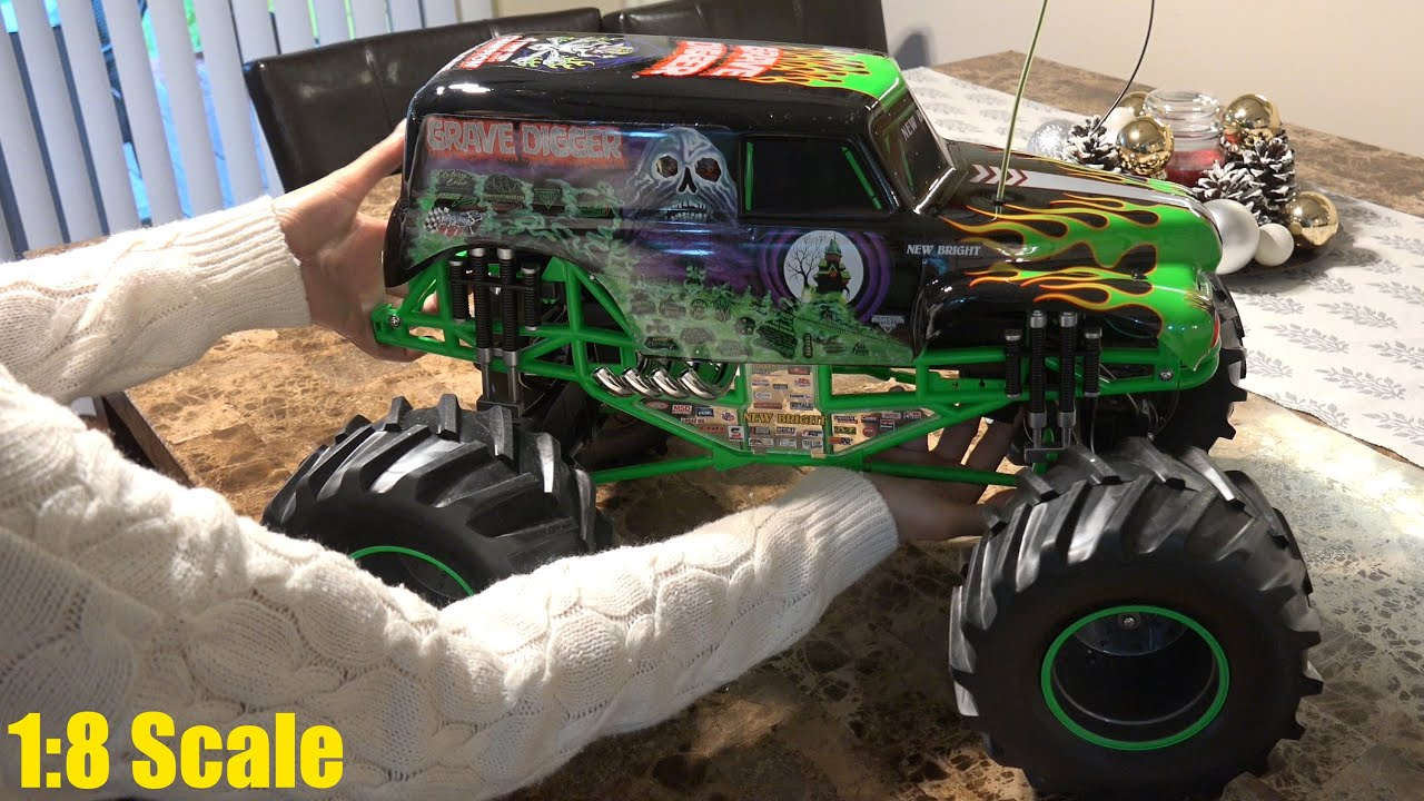 remote control monster cars with Watch on 35276316 also 152150638151 moreover 381871584249 in addition Shengqi V2 26cc 1 5th Petrol Rc Monster Trucks Hummer 24ghz likewise Customize Monster High Mermaid Doll Sirena Von Boo 0170841.