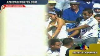 Repeat youtube video Manoseo a una cipota en el cuscatlan