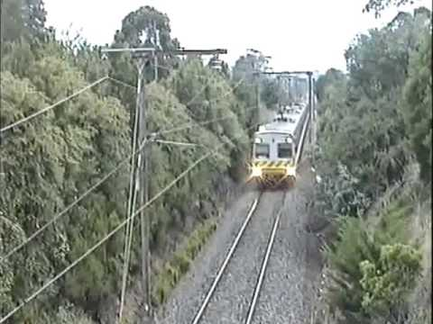 Electric Suburbans Warragul - Drouin before de-electrification