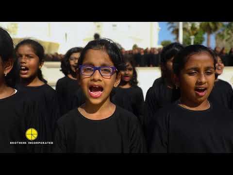A.R. Rahman surprising a 1000 All Girl Choir in Dubai!