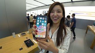 드디어 만난 아이폰X, 홍콩 애플스토어 1등으로 들어감…